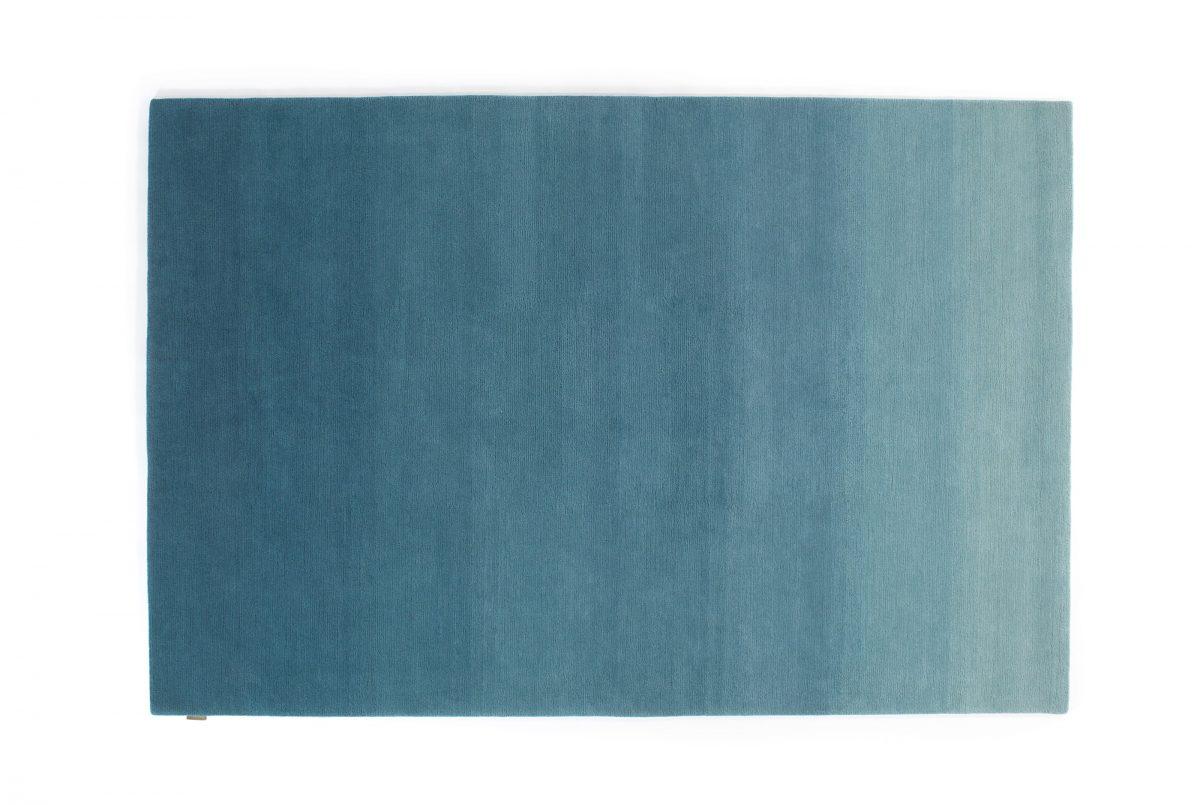 Gradation Teal Blue